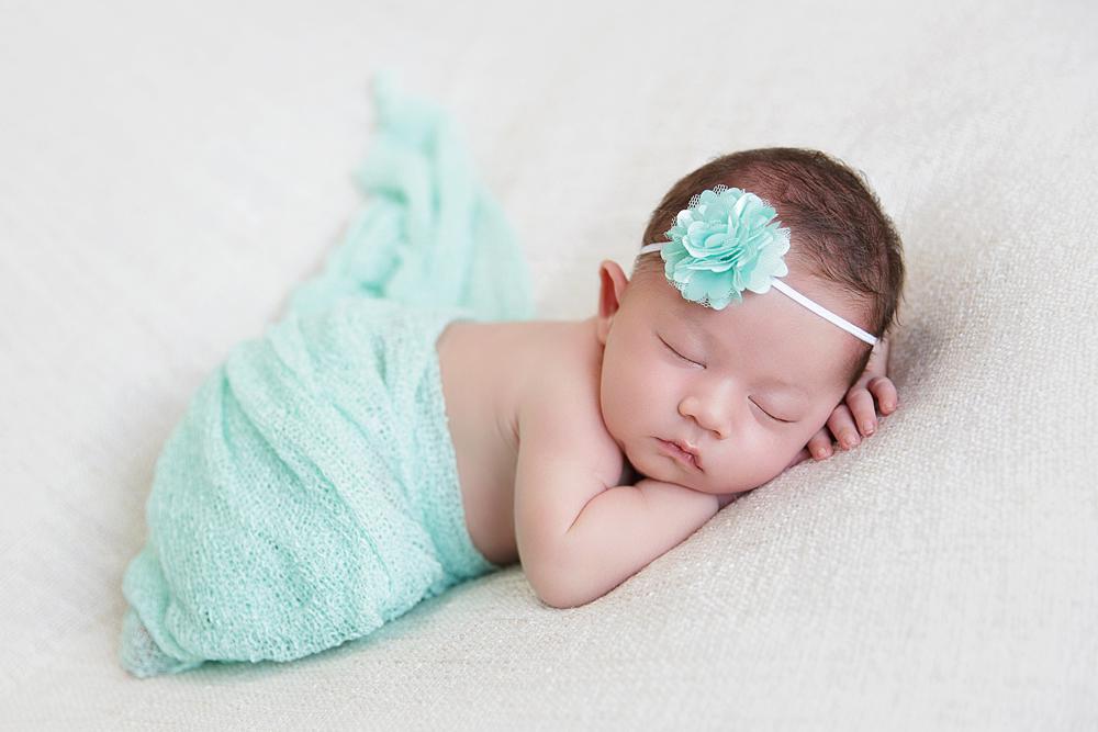 einmalige-neugeborenenfotos