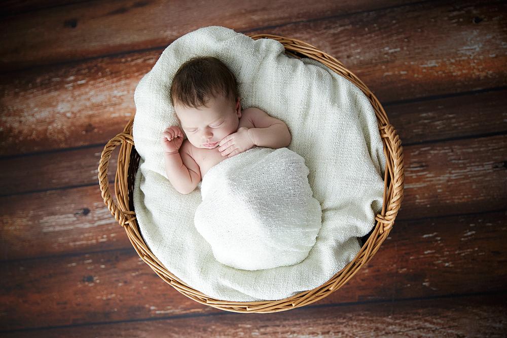 natuerliche-neugeborenenfotos
