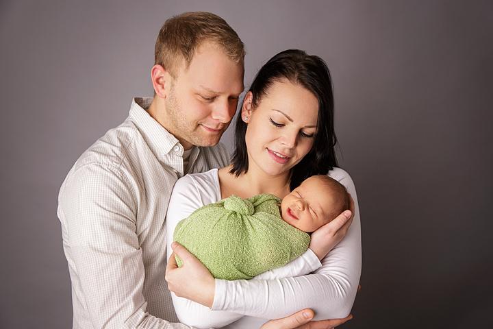 familienbilder-mit-neugeborenen