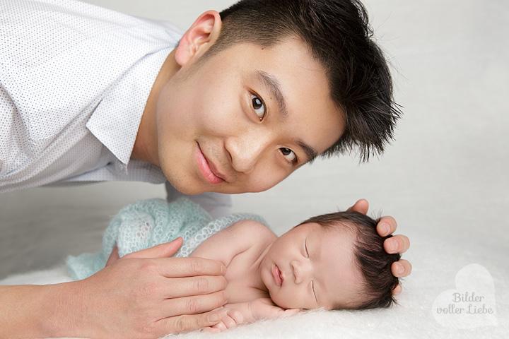 Professionelle Neugeborenenfotografin mit Liebe zum Detail